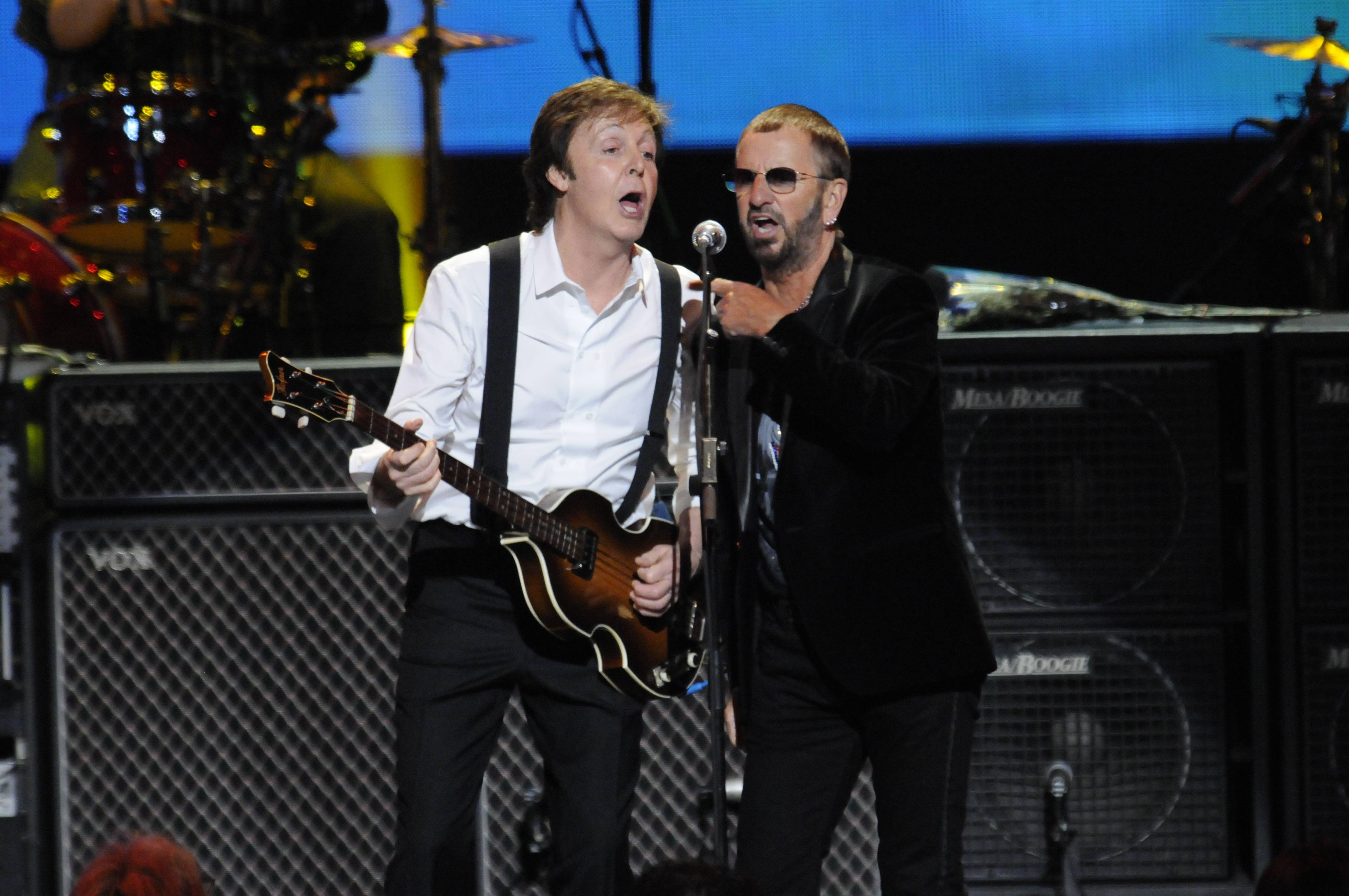 Photo of Ringo Starr & his friend musician   Paul McCartney - Beatles